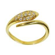 18 K Snake Ring With Diamonds