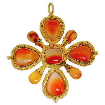 Georgian Maltese Cross In Gold & Agate