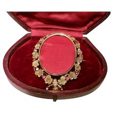 Classy Victorian Photo Frame Brooch