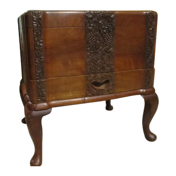 Vintage Detail Carved Walnut Jewelry Chest Sewing Box Cabriole Legs