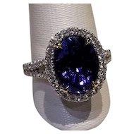 Stunning 18kt Tanzanite Diamond RIng