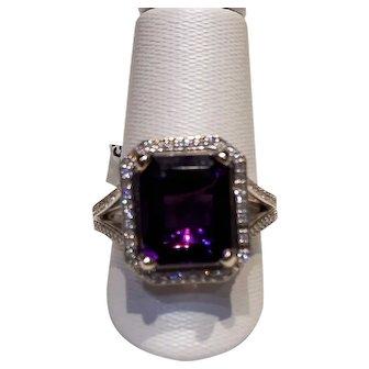 Amethyst Diamond RIng 14kt White Gold