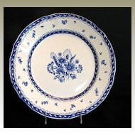 "Arabia of Finland Dinner Plate,  Blue & White. ""Finn Flower Blue"" Pattern"