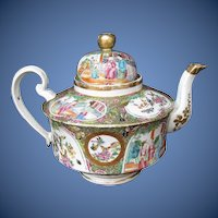 Antique Rose Medallion Teapot,  Large,  19th C Chinese Export
