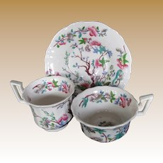 John Rose Coalport Trio, 2 Cups + 1 Saucer, Antique English Chinoiserie. Early 19th C