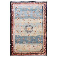18Th Century Kansu carpet , china ,  9 ft 4 in x 14 ft 2 in (2.84 m x 4.32 m)