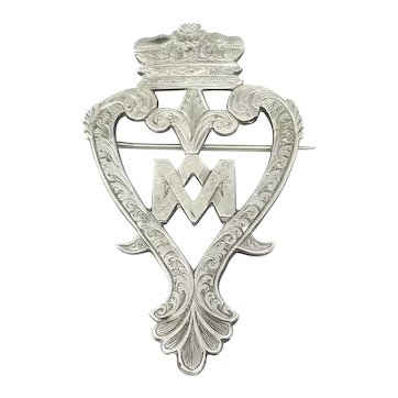 Large Engraved Victorian Scottish Luckenbooth Witch's Hearts Pin Brooch