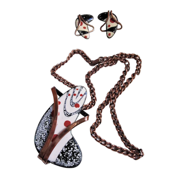 """Signed Matisse Parure Red, White and Black """"Freeform"""" Enamel Pendant/Brooch & Matching Clip-on Earrings"""