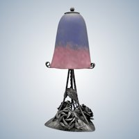 SCHNEIDER - Splendid French wrought iron lamp decorated with roses and leafs with art glass shade signed Schneider (ca 1925)