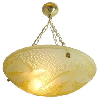 Art Deco Yellowish Glass Chandelier Flying Swallows France 1930s