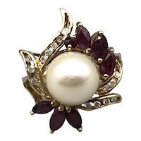 14K Yellow Gold Retro Ring with Rubies, Diamonds and a Cultured Pearl