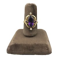 19K Yellow Gold Vintage Renaissance-Revival European Ring with Amethysts and Natural Seed Pearls