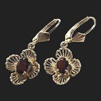 Vintage 14K Gold Garnet Designed Floral Earrings