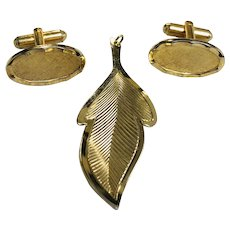Vintage Gold Plated Leaf Pendant and Pair of Cufflinks