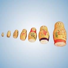 Matryoshka Russian Nesting Doll with 5 mini's