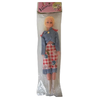 Veronique Barbie Clone Vintage Plastic Doll from 1970s