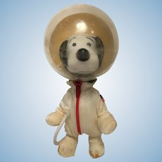 Vintage 1969 Snoopy Astronaut Space Suit Figure Peanuts Interest