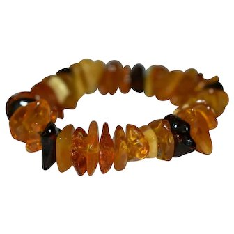 Vintage Amber Bracelet Butterscotch Baltic and Cherry 21 grams 50 beads