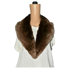 Victorian Beaver Unisex Brown Fur Shoulder Collar