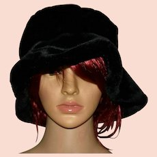 Vintage Black Velveteen Bucket Hat
