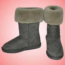 Hi Snow Boots by Emu Sheepskin Stinger Size UK 6