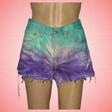 Vintage Levi's 501 Cut Off Deep Dyed Unicorn Denim Shorts Size UK 8