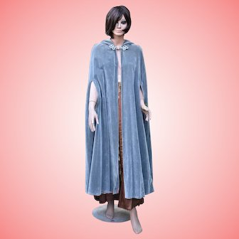 Vintage Grey Velvet Cape Hooded Cloak from the 70s One Size