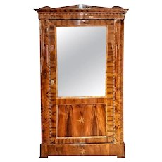 19th Century Biedermeier Flame and Root Walnut Inlaid Austrian Vitrine Restored