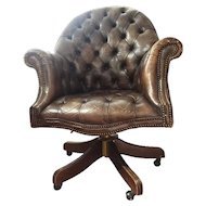 FREE SHIPPING 20th Century Chester Leather English Armchair with Wheels