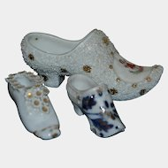 Group of 3 bisque lady shoes 1880/1900