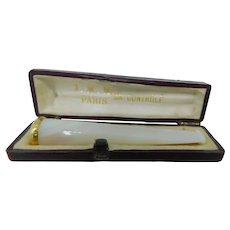 Vintage Cigarette holder in mother-of-pearl and gold 750 with its case, France