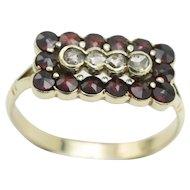 Vintage Dutch garnet and rose diamond 14 carat gold ring