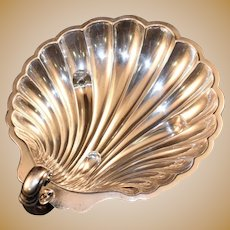 International Silver Sterling Silver Shell Dish Heavyweight, Applied Ornate Handle