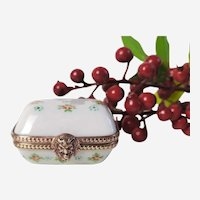 Small pill box in fine hand-painted porcelain floral decor  19th Century French Antique