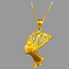14 Karat Gold Queen Nefertiti Pendant Necklace