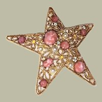 Vintage Adrienne Vittadini Signed Costume Gold Tone Star Pin Brooch with Faux Pearls, Coral