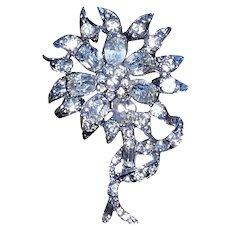 Adorable Vintage Weiss Clear Rhinestone Flower Pin Brooch