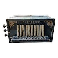Bartofini Turn of the Century Button Accordian/Squeeze Box