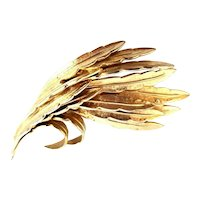 CAPRI Feather Pin in Bright Textured Gold Tone Metal