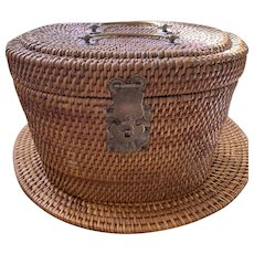 Chinese Wicker Tea Basket w/hinged lid - ca: 1860