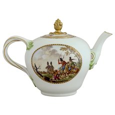 Meissen teapot painted with rare war scenes, circa 1785