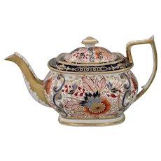 Scintillating Coalport 'Imari' teapot, circa 1815
