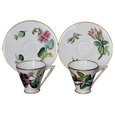 Iconic pair of George Jones cups & saucers, c.1876