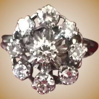 Bague en or gris 18 K et diamants