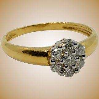 """Bague """"fleur"""" en or 18 K et diamant"""