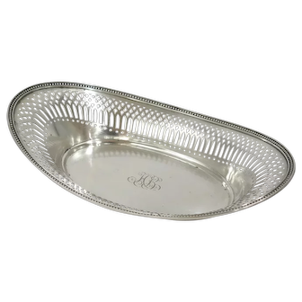 10 5/8 in - Sterling Silver Tiffany & Co. Antique Openwork Bread Dish