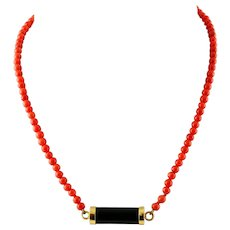 18k Yellow Gold, Onyx, Coral beaded Necklace