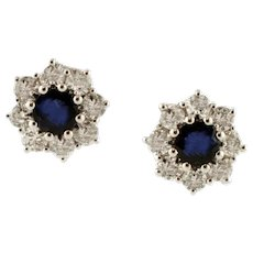 Blue Sapphires, Diamonds, 18 kt White Gold Flower Stud Earrings