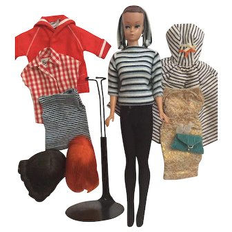 Fashion Queen Barbie Doll and Outfits