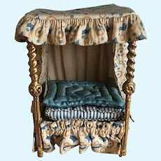 Rare Westacre hand made miniature dolls house four poster bed